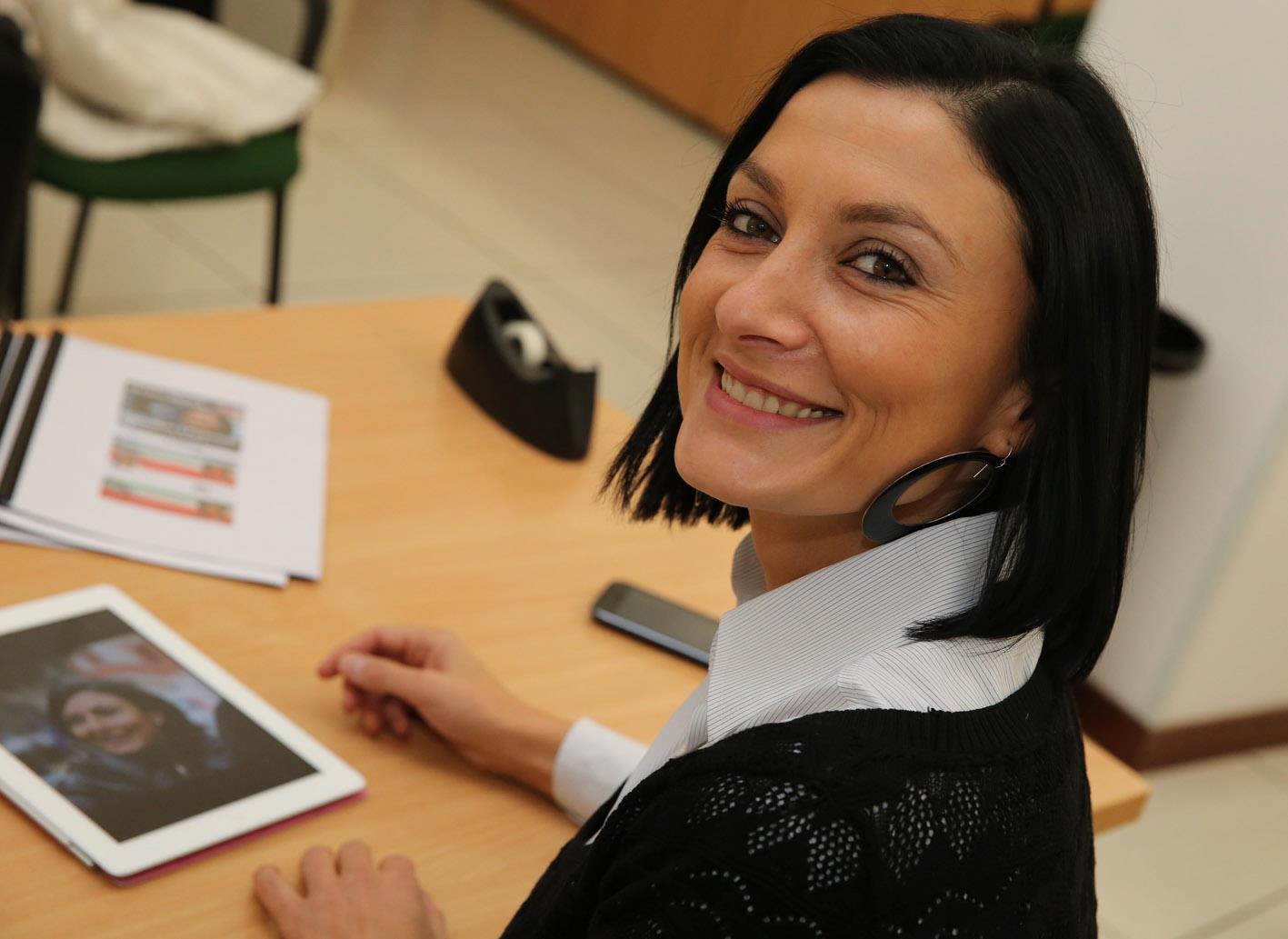 Nelle marche arriveranno 22 milioni di euro per l edilizia for Deputate pd donne elenco
