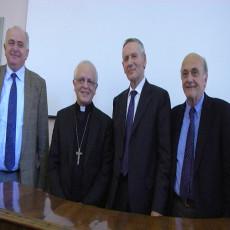 Il sindaco Maurizio Gambini, l'Arcivescovo Giovanni Tani, il Rettore Vilberto Stocchi e l'ex rettore Stefano Pivato-